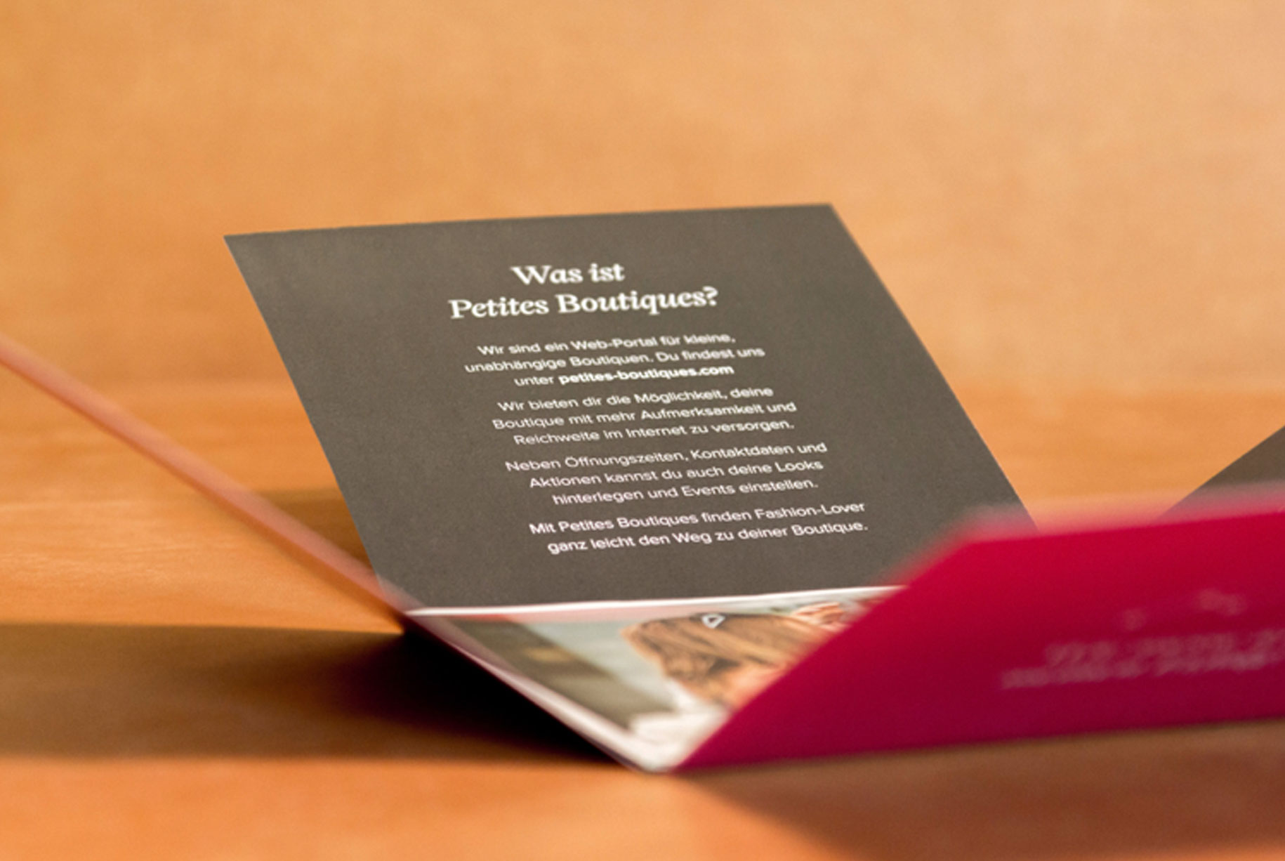 Marketing brochure to acquire new customers